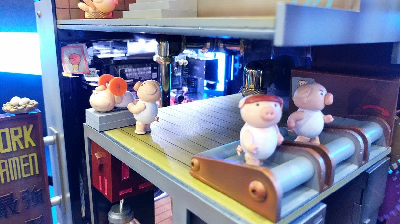 648196 the swine gym 810 - The 'Best Pork Ramen Complex' PC Mod Is the Coolest Thing at Computex