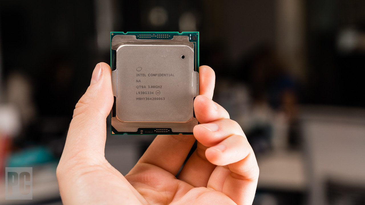 585154 intel core i9 10980xe extreme edition 4 - Intel Core i9-10980XE Extreme Edition Review & Rating