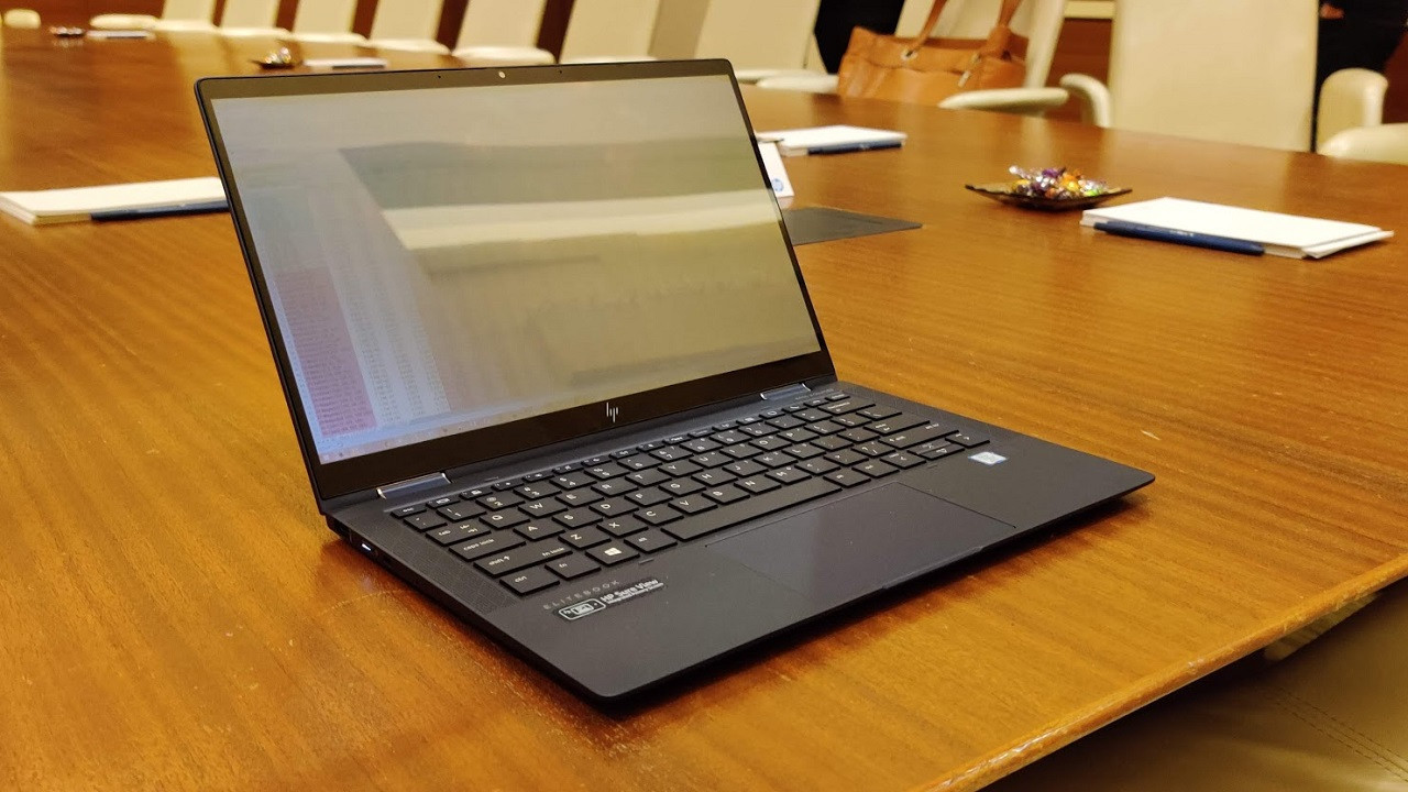 684038 reald me sureview gen 4 - The Secret to a Better Laptop Privacy Filter? Your Reflection | News & Opinion