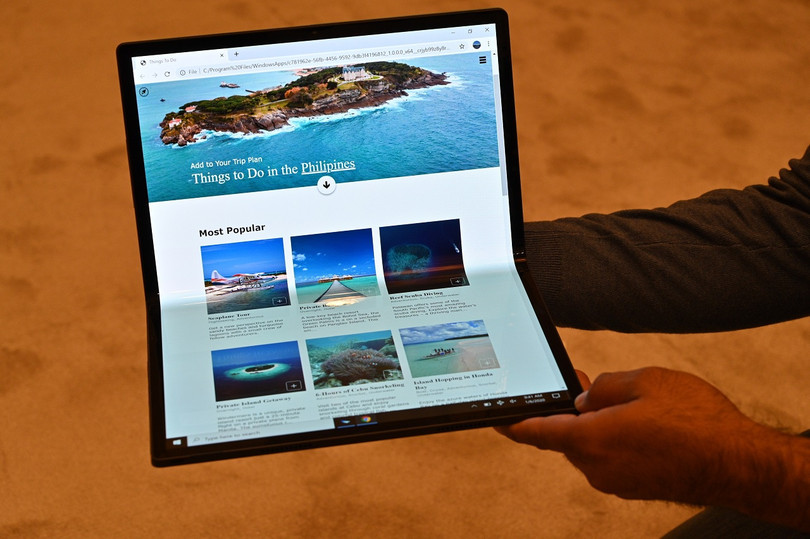 684934 intel horseshoe bend 2 - First Look: Intel's 'Horseshoe Bend' is an Even Bigger Foldable Tablet