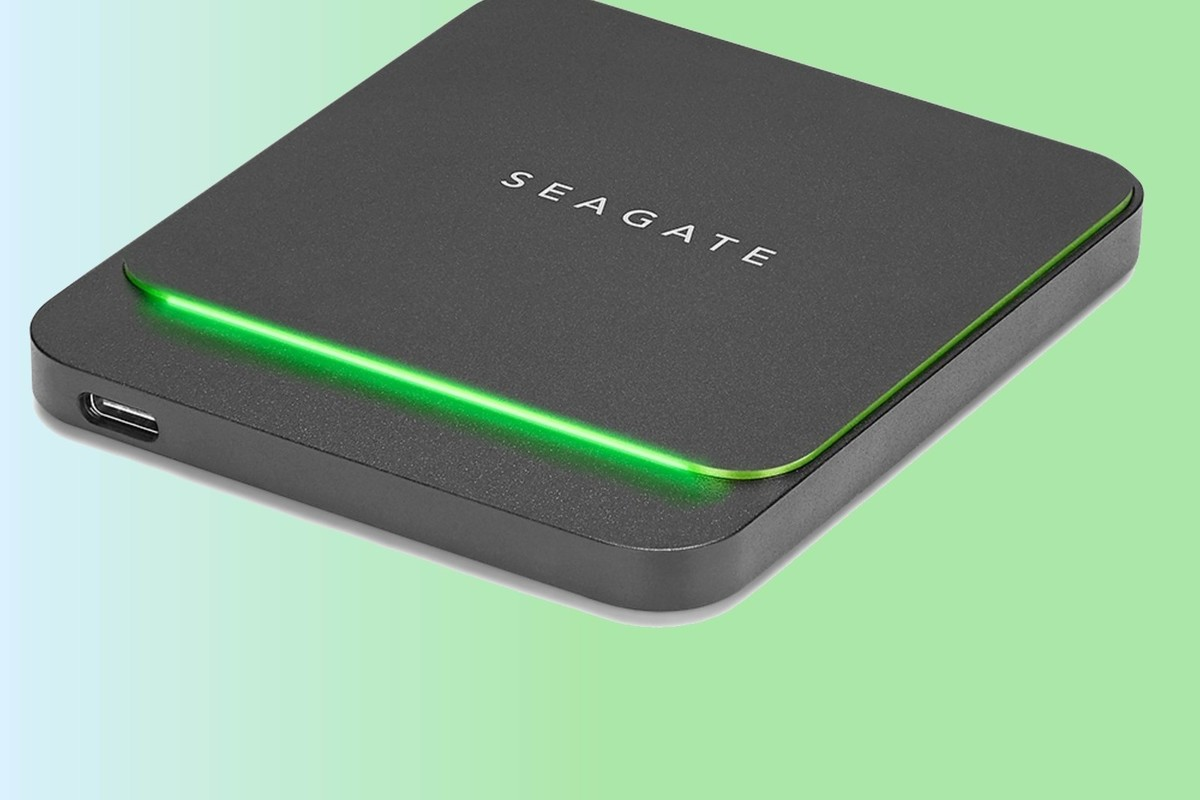 seagate barracuda fast ssd primary 1 100851492 large.3x2 - Seagate BarraCuda Fast SSD review: Stylish, but slow for the price